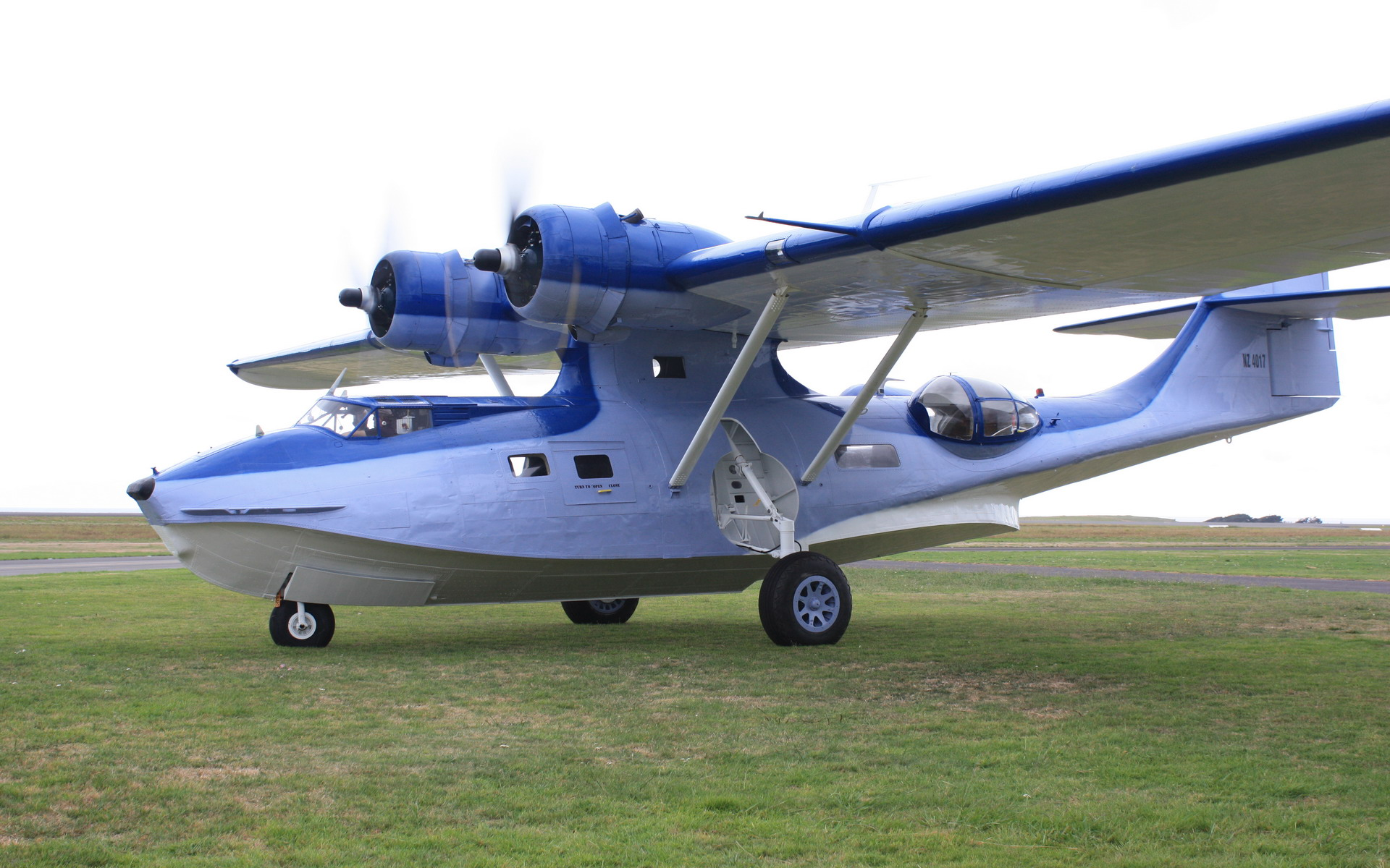 Pby catalina returns to the air in new zealand video for The catalina
