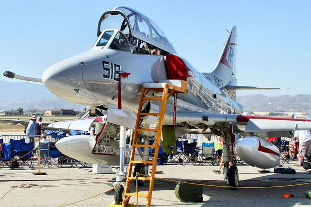A 4 Skyhawk For Sale >> Airworthy Ta 4j Skyhawk Offered For Sale Video